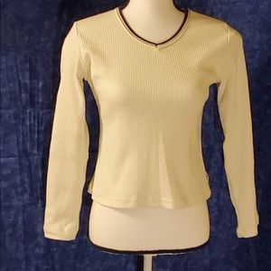 Juniors Derek Heart Ribbed V-Neck Long Sleeve Top